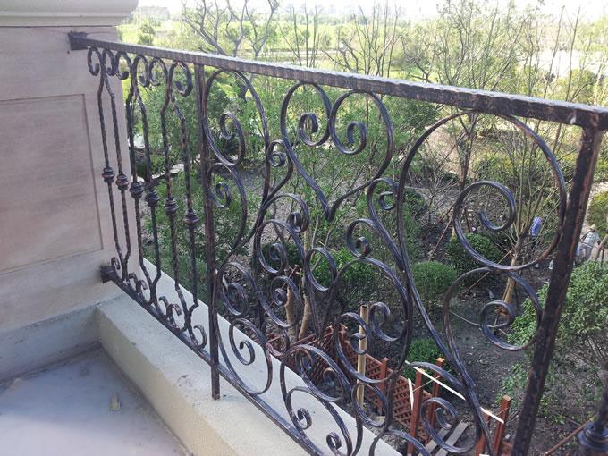 阳台铁艺造型